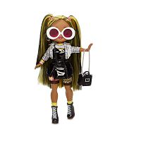 565123 MGA Entertainment L.O.L. Surprise - Кукла OMG Alt Grrrl 2 волна Fashion Doll с 20 сюрпризами